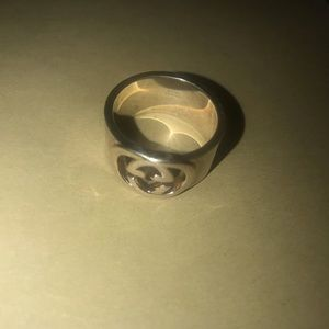 Gucci sterling silver ring